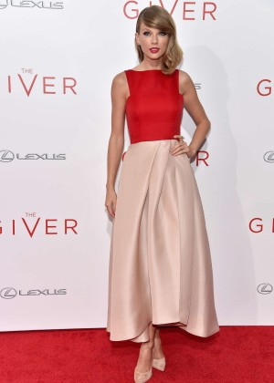"""Taylor Swift - """"The Giver"""" Premiere in NYC"""