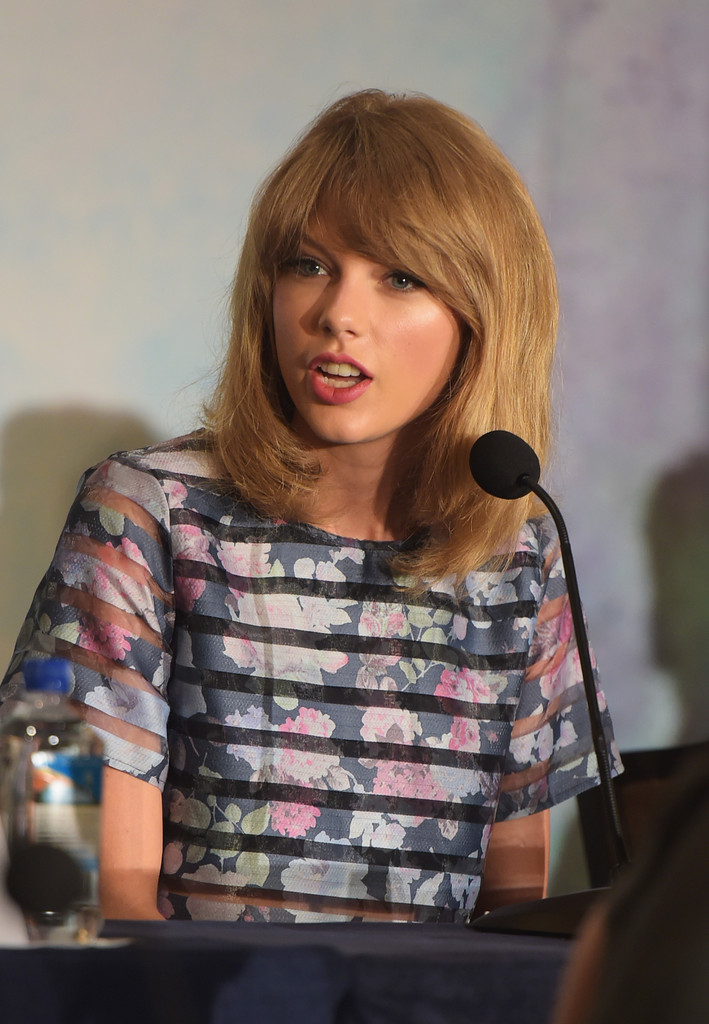 Taylor Swift – 'The Giver' press conference