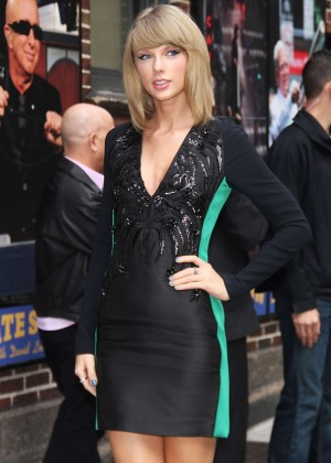 Taylor Swift - Arriving at 'Late Show with David Letterman' in NYC