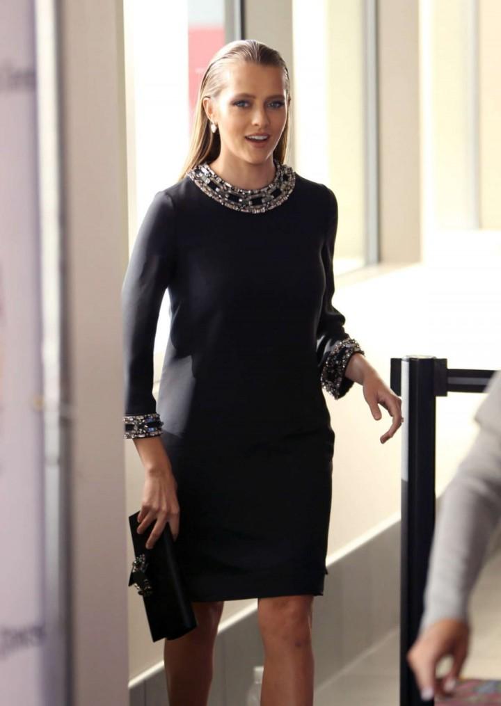 Teresa Palmer in short black dress-11
