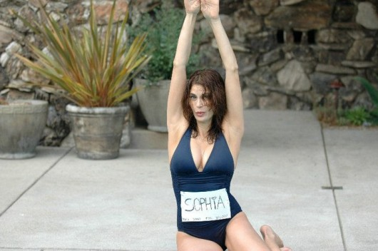 teri-hatcher-private-pics-in-a-swimsuit-training-for-the-malibu-triathlon-06