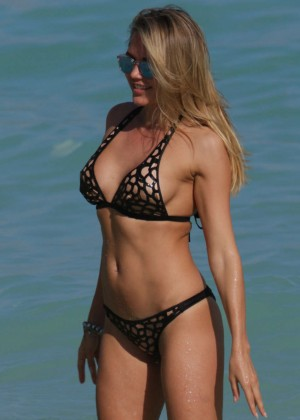 Tetyana Veryovkina in Bikini on Miami Beach