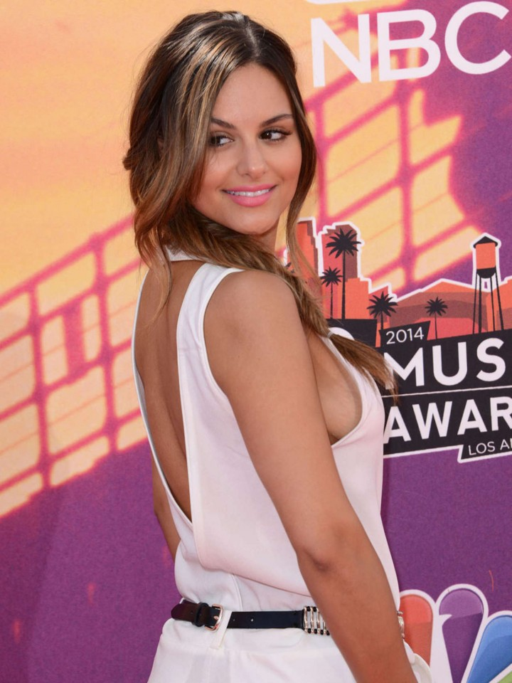 The 2014 iHeartRadio Music Awards -01