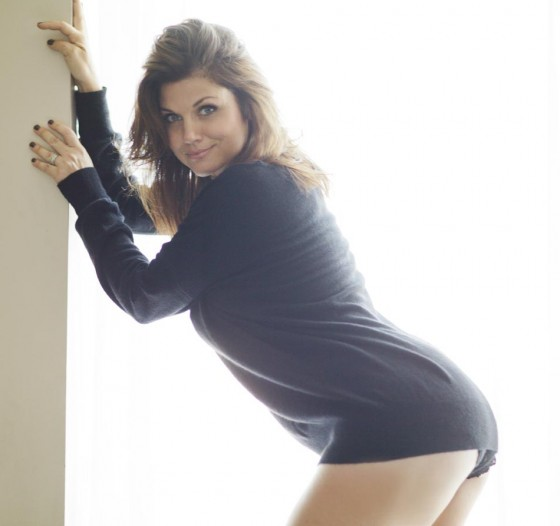 Tiffani Thiessen - Me In My Place photoshoot (part 3)