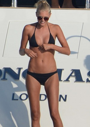 Toni Garrn Bikini Candids on a Yacht in Ibiza-07