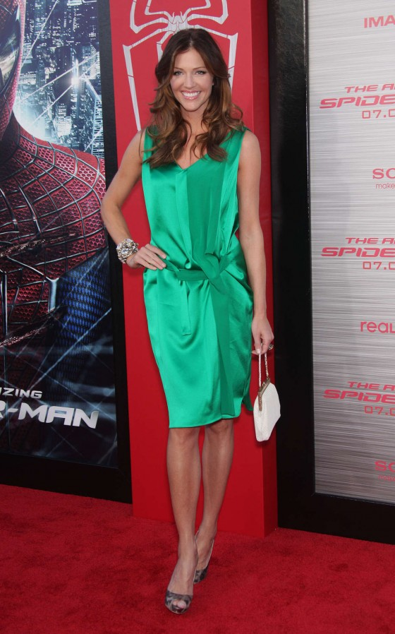 Tricia Helfer – in a green dress at The Amazing Spider Man Premiere-28