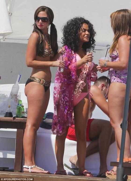 Tulisa Contostavlos in a black and gold zebra bikini in Marbella -02
