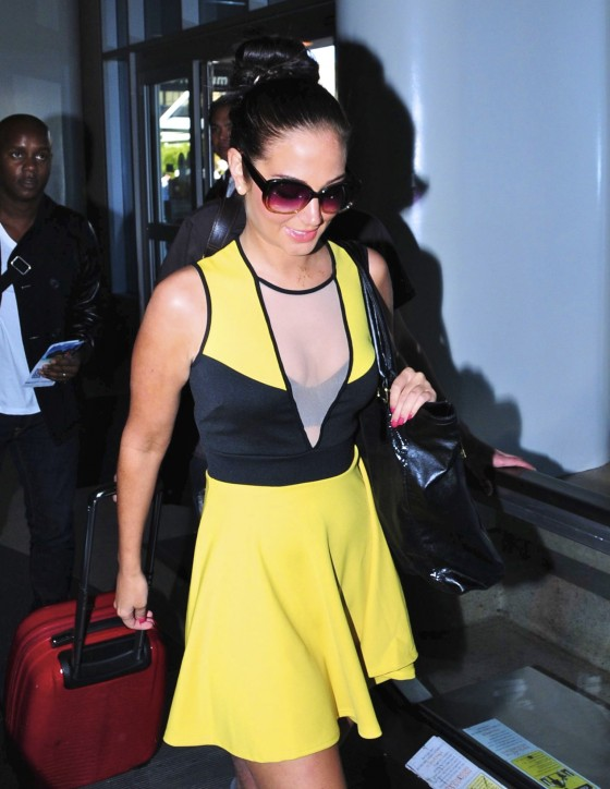 Tulisa Contostavlos Legs and Cleavage at LAX Airport-07