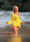tulisa-contostavlos-in-a-bikini-on-the-set-of-her-music-video-live-it-up-in-hawaii-03