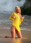 tulisa-contostavlos-in-a-bikini-on-the-set-of-her-music-video-live-it-up-in-hawaii-09