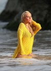 tulisa-contostavlos-in-a-bikini-on-the-set-of-her-music-video-live-it-up-in-hawaii-17