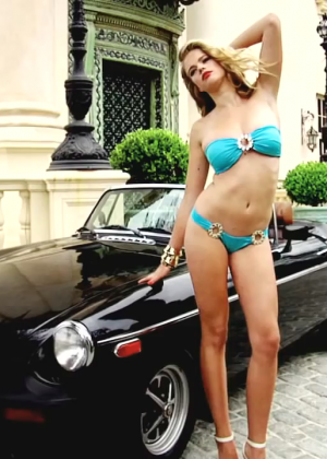 Valerie Van Der Graaf: Beach Bunny Bikini -06