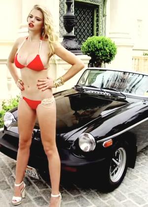 Valerie Van Der Graaf: Beach Bunny Bikini -08