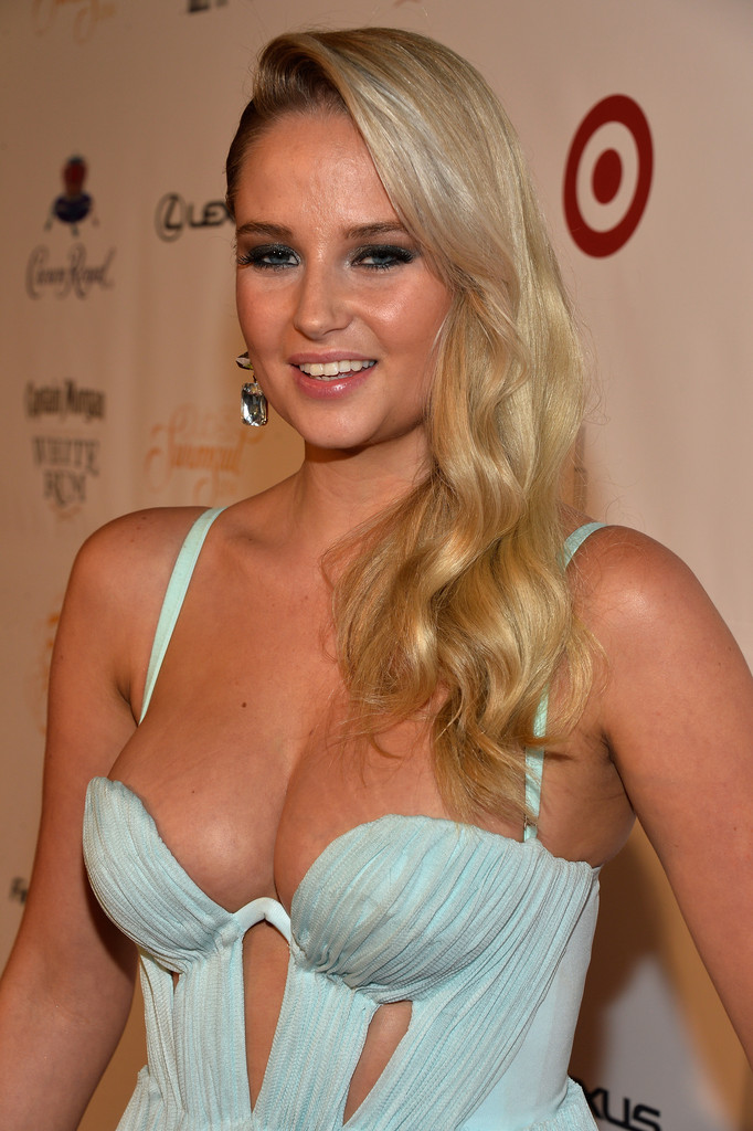 Photos: Club SI Swimsuit 2014 at LIV Nightclub -26