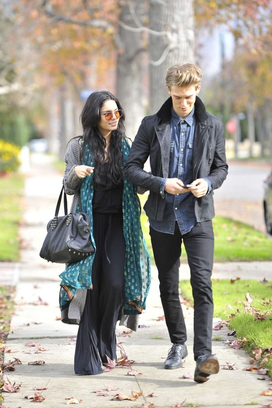Vanessa Hudgens and Austin Butler heading to a friend's house