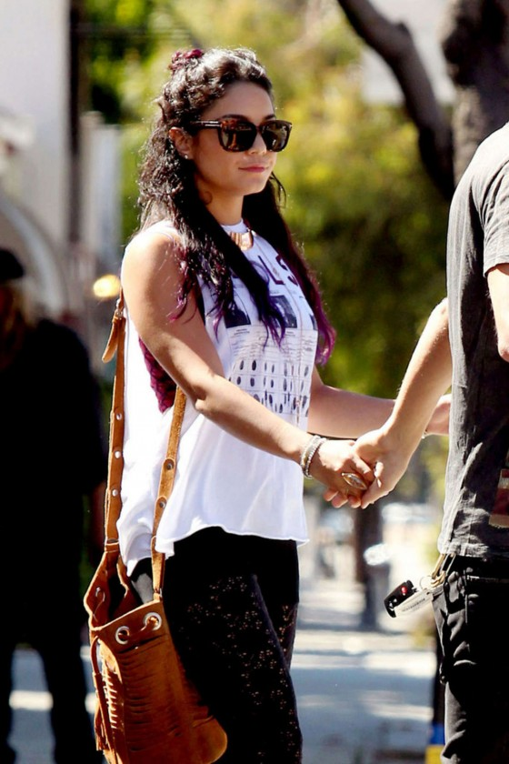 Vanessa Hudgens In A Casual Style 12 Gotceleb