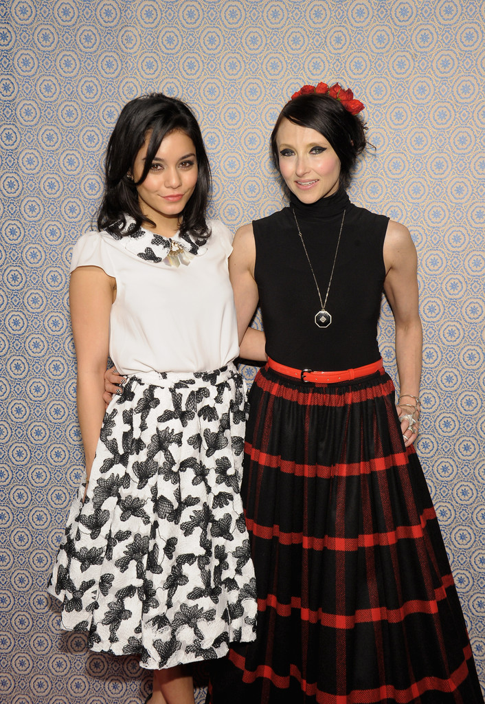 Vanessa Hudgens At Alice Olivia By Stacey Bendet Fall 2013 Fashion Show 06 Gotceleb