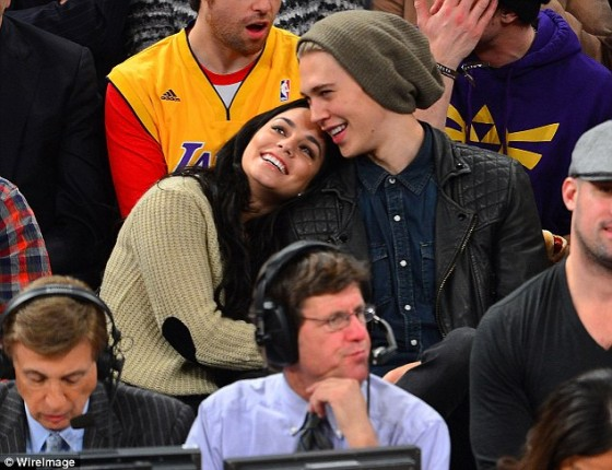 Vanessa Hudgens – at Knicks vs Lakers game in NYC -03