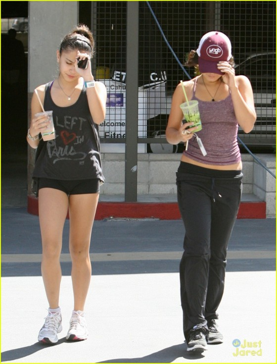 Vanessa Hudgens – Candids in Los Angeles