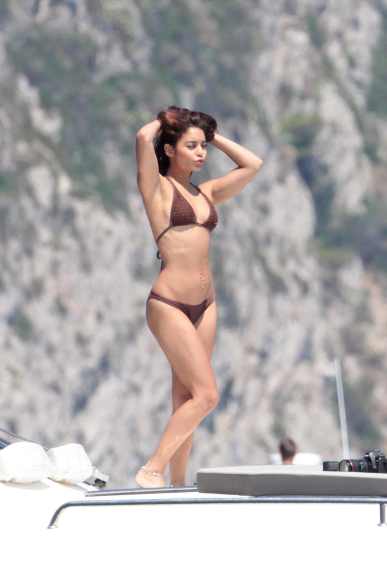 Vennessa hutchins en bikini