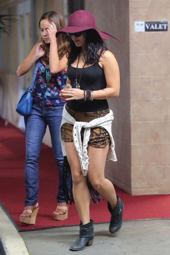 Vanessa Hudgens shows her legs in short shorts in Hollywood