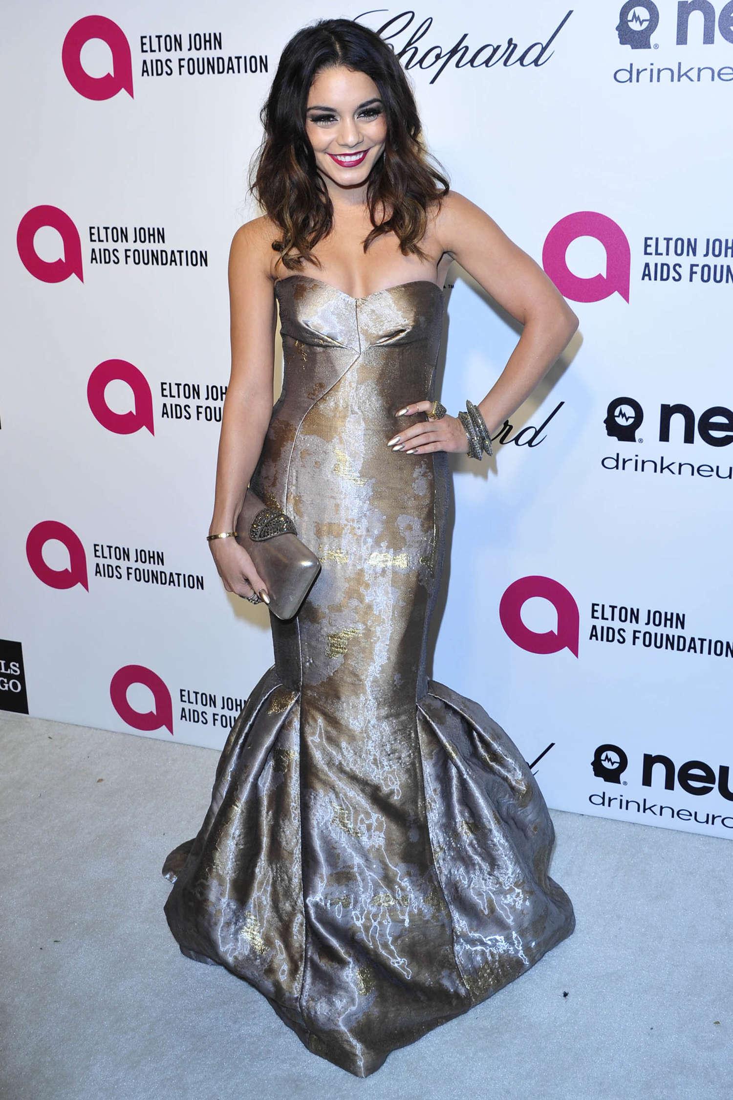 Vanessa Hudgens Oscars 2014 Vanity Fair Party 05