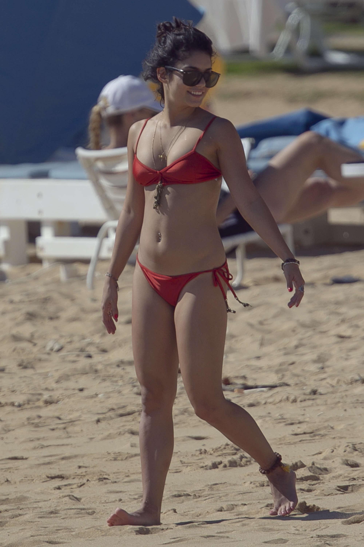 Vanessa Hudgens shows off her bikini