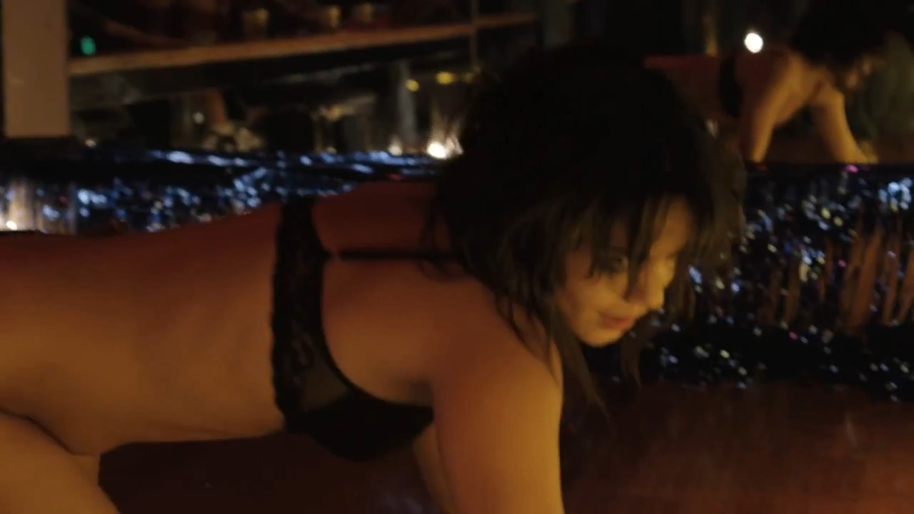 Vanessa Hudgens 2012 : Vanessa Hudgens – Hot In Thong – The Frozen Ground photos-146