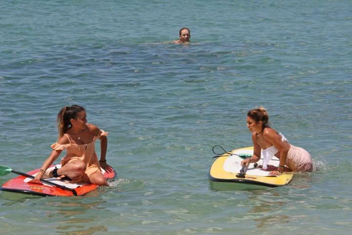 Vanessa Hudgens Bikini Photos: 2014 in Hawaii -01