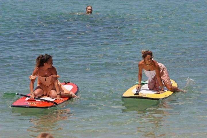Vanessa Hudgens 2014 : Vanessa Hudgens Bikini Photos: 2014 in Hawaii -05