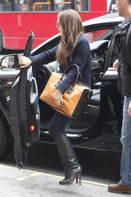 Victoria Beckham – In Jeans and Boots-09