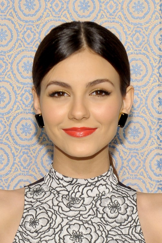 Victoria Justice – 2013 fashion show in NYC-03
