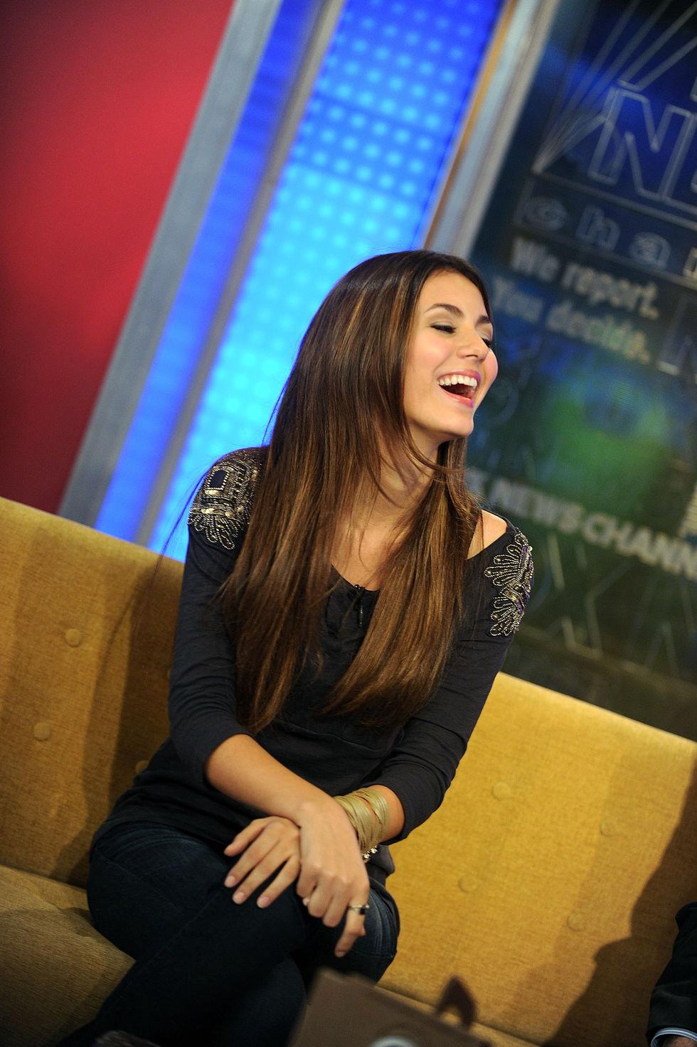 Victoria Justice At Fox News Studios In Ny Sep 29 2010