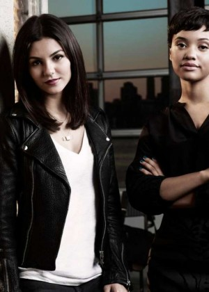 Victoria Justice - New 'Eye Candy' Promo Pic