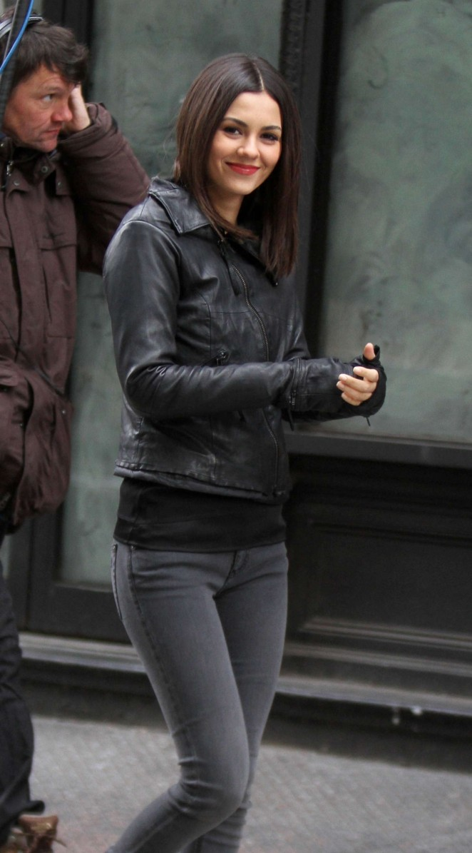 Victoria Justice on the set of 'Eye Candy' in NYC