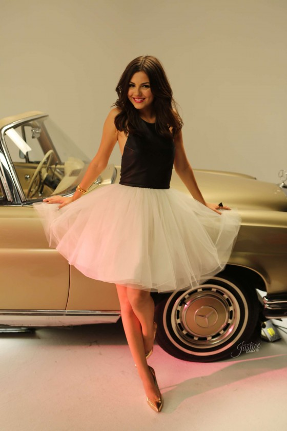 Victoria Justice - Gold Music Video pics -01
