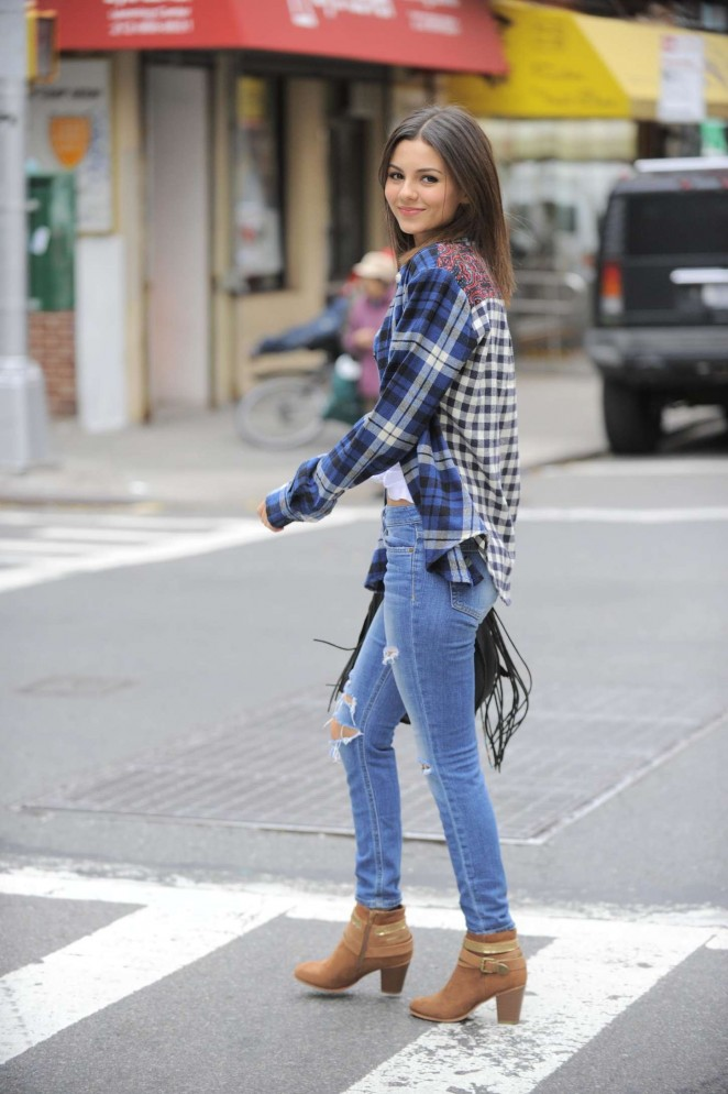 Victoria Justice Casual Outfits