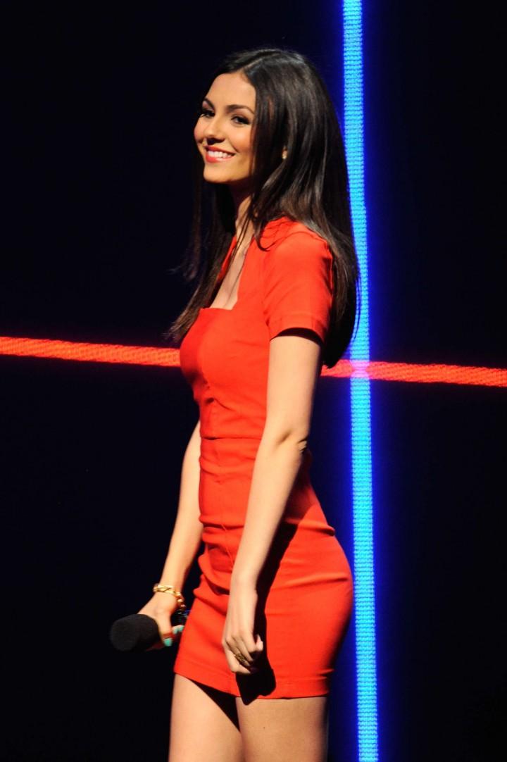 Victoria Justice - MTV Upfront 2014 -05