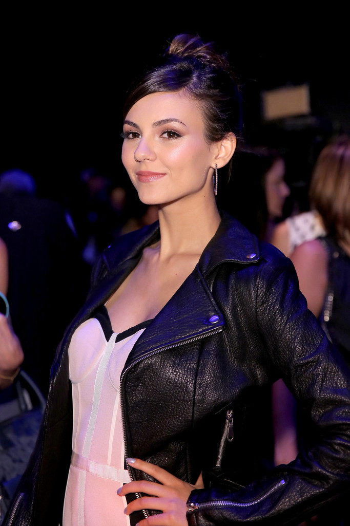 Victoria Justice - Rebecca Minkoff Spring 2015 Fashion Show in NYC