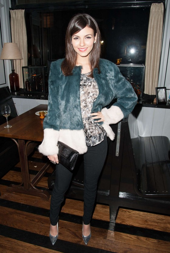 Victoria Justice at Beautiful Creatures Screening -14