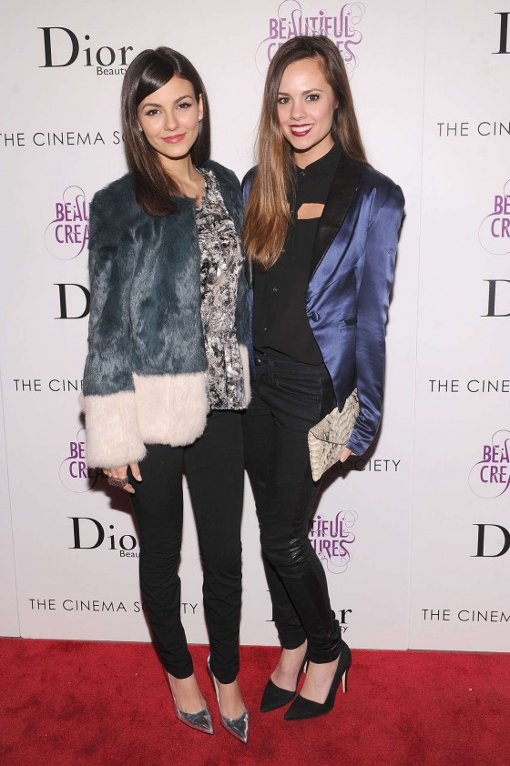 Victoria Justice at Beautiful Creatures Screening -17