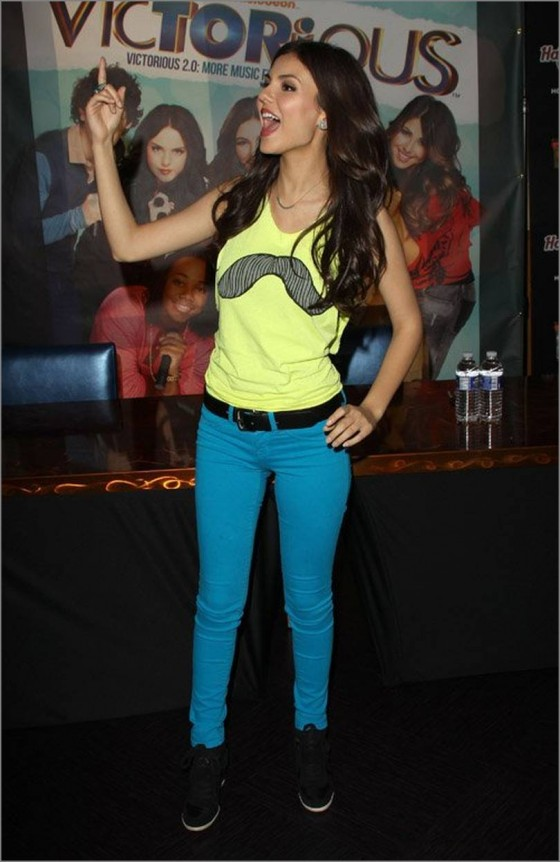 "Victoria Justice - ""Victorious"" soundtrack signing at the Universal CityWalk"