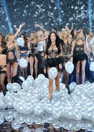 Victorias Secrete Show 2014 -32