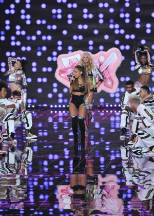 Victorias Secrete Show 2014 -51