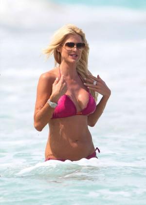 Victoria Silvstedt Bikini Pics: 2014 Miami -08