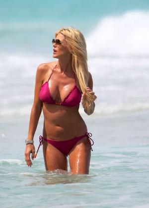 Victoria Silvstedt Bikini Pics: 2014 Miami -16