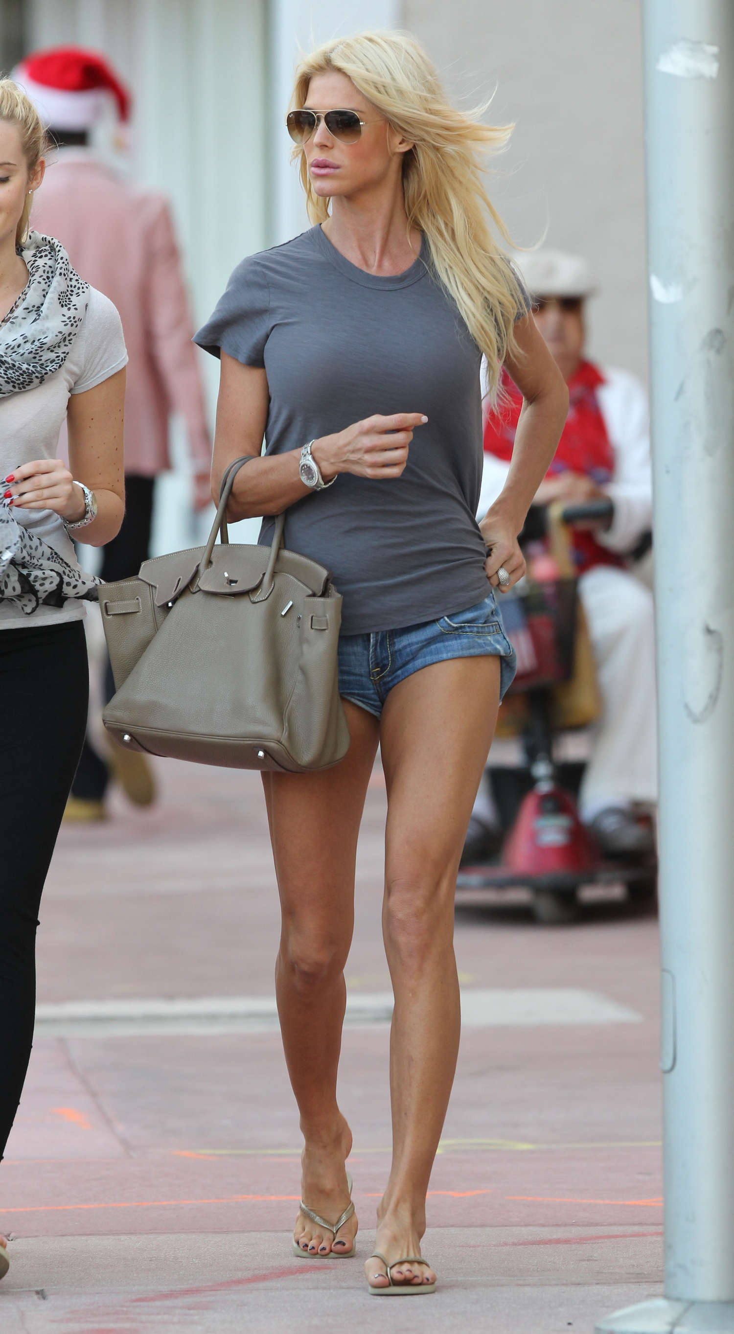 Victoria Silvstedt In Shorts 09 Gotceleb