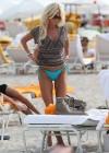 victoria-silvstedt-wearing-bikini-at-miami-beach-07