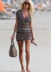 victoria-silvstedt-wearing-bikini-at-miami-beach-12
