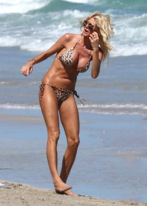 Victoria Silvstedt Bikini Photos: 2014 Miami -08